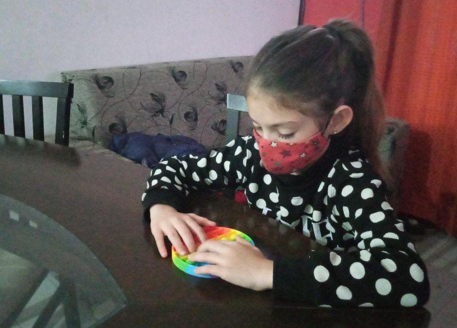 La pediatra destacó la importancia de mantener medidas de higiene y distanciamiento.