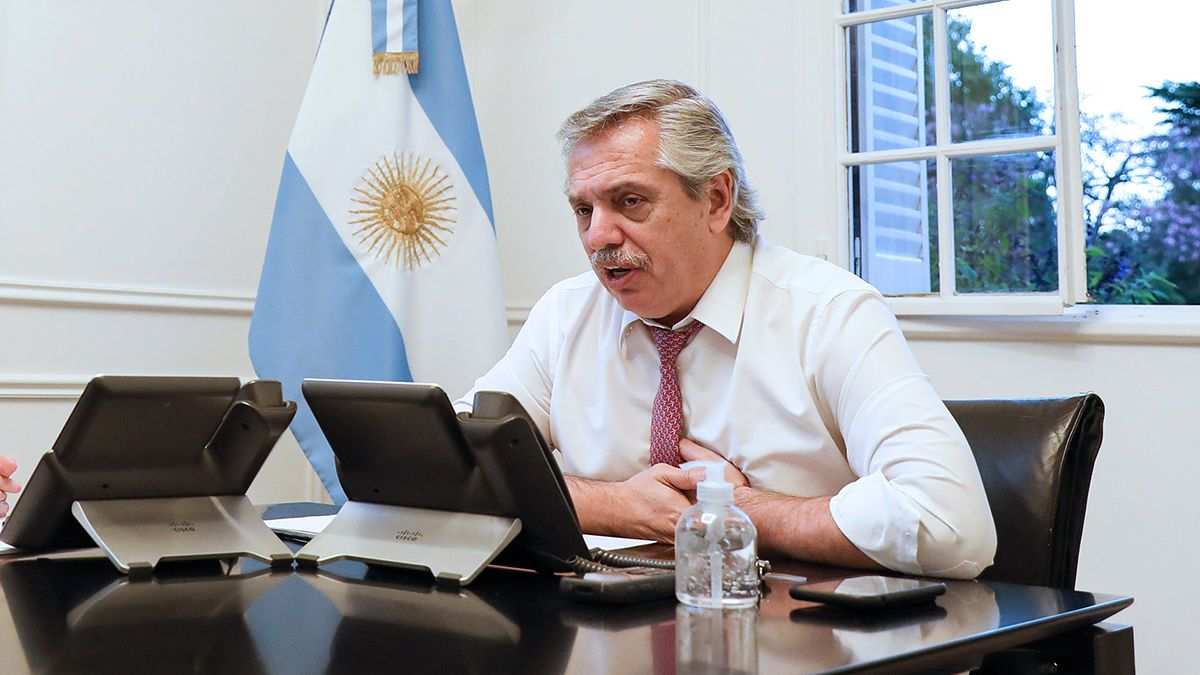 Alberto Fernández permanece aislado en Olivos.
