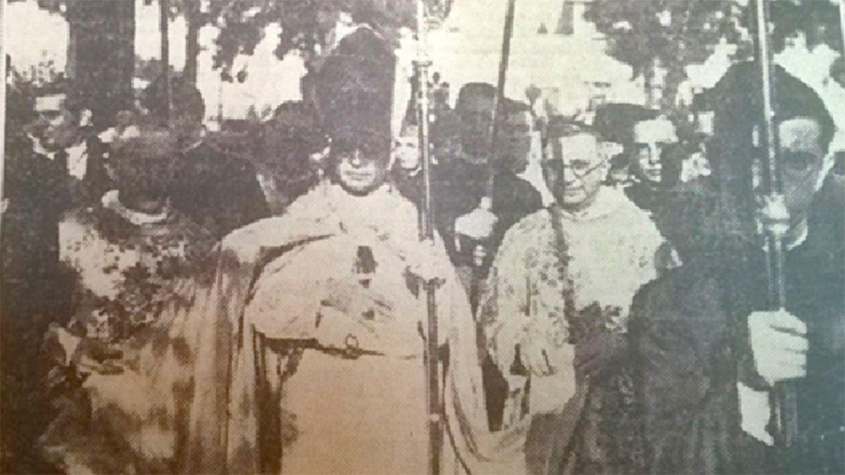 Leopoldo Buteler asumió al frente del Obispado de RíoCuarto en 1935. Sobre el día exacto de su fallecimiento hay distintas versiones. Algunos plantean que murió el 21