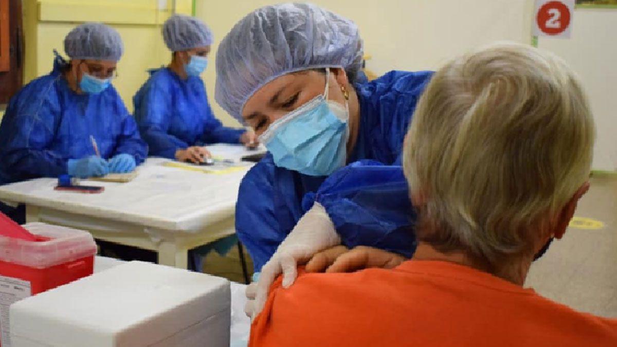 En Laboulaye se pospuso la vacunación por demoras en la llegada de dosis.