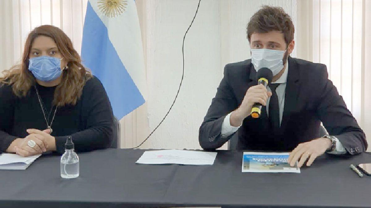 El intendente Morra junto con Vanina Contreras mencionaron los detalles de programa de testeos masivos.