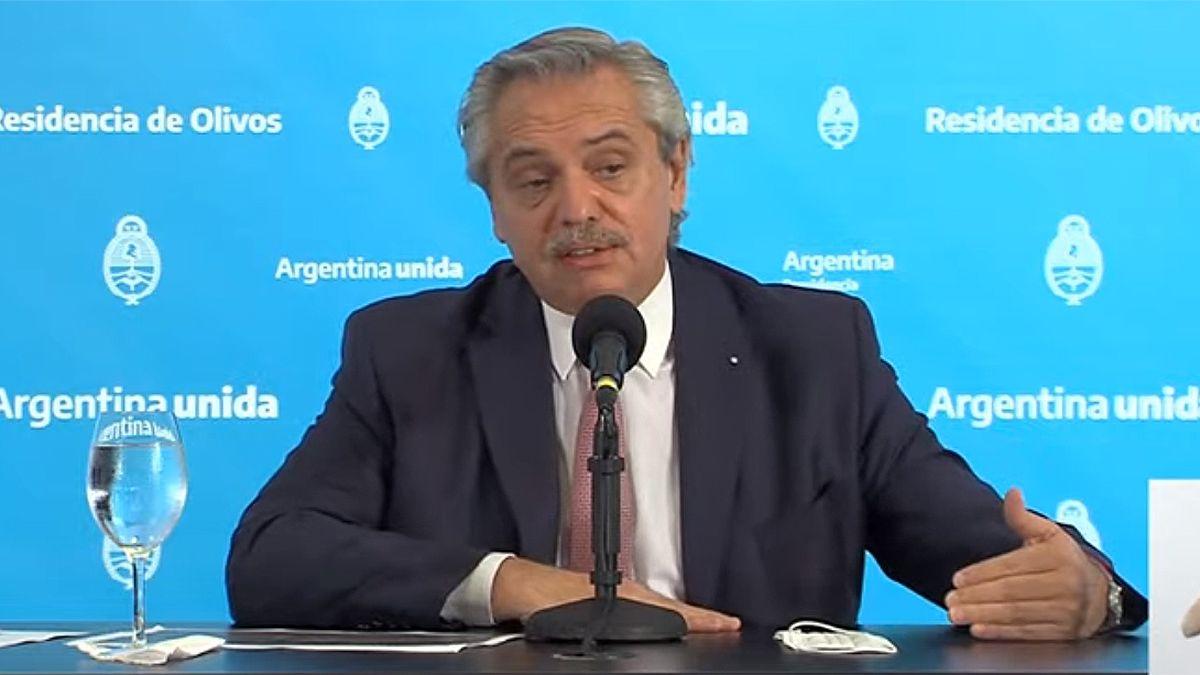 Fernández ratificó las medidas y dijo que con el virus no se negocia