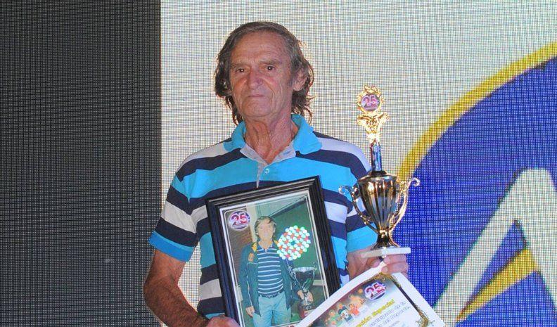 Francisco Fiandino dejó de ser el técnico de Independiente de Oliva