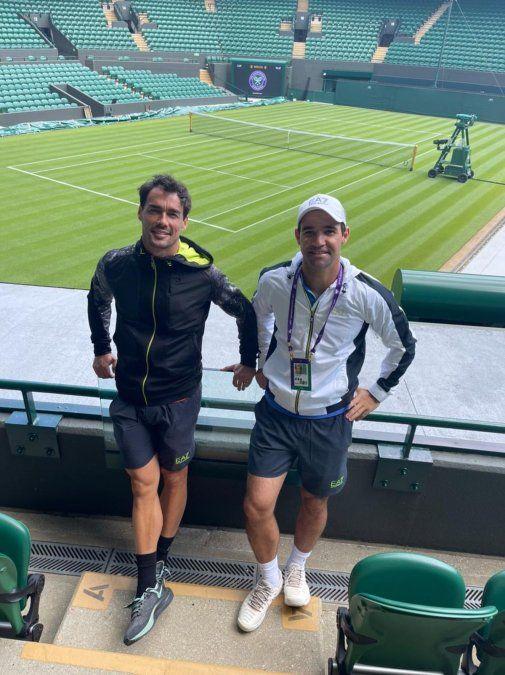 Postal de Wimbledon. El italiano Fabio Fognini y el villamariense Germán Gaich.