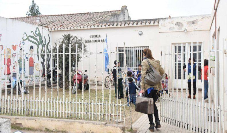 Escuela Arturo M. Bas: Comienzan trabajos eléctricos