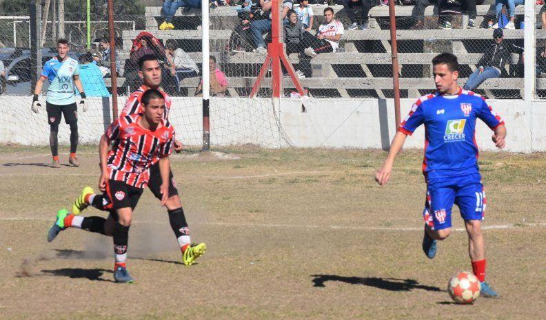 Atlético Ticino sin exigirse venció como visitante a un Alem sin fútbol y sin alma