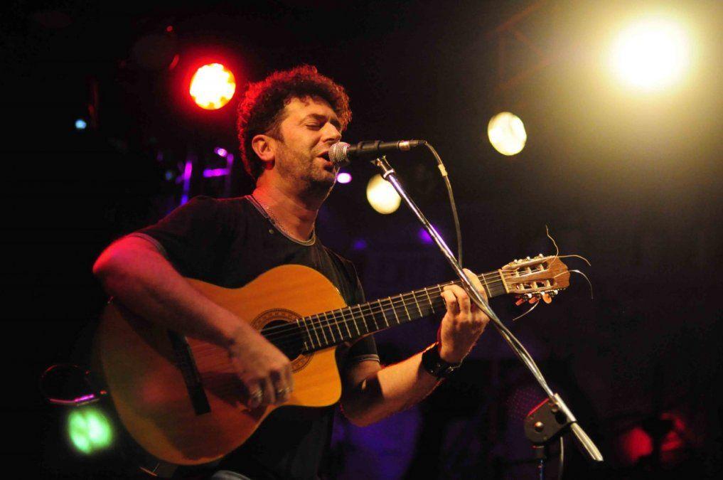 Palo Pandolfo en una de sus primeras actuaciones en Río Cuarto