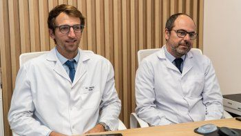 Ambos profesionales coinciden en que los tratamientos implican acompañar de manera integral al paciente y que necesita de un equipo, no solo del oncólogo.