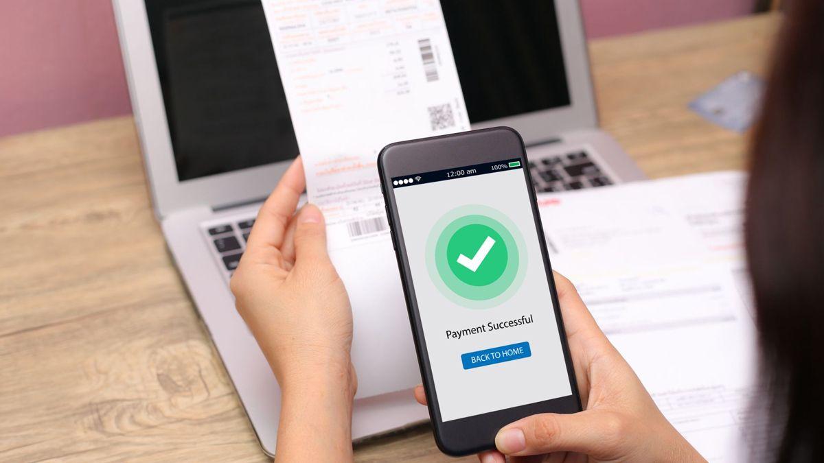 La billetera digital se basa en realizar pagos y transacciones financieras de manera electrónica.