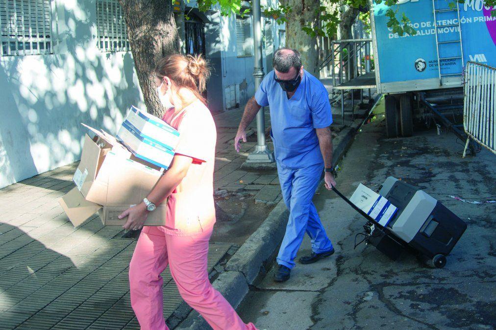 Arribaron 685 dosis de Sputnik V a la ciudad para geriátricos, docentes y agentes sanitarios