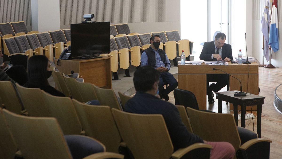 El excomisario Hugo Guzzetta es juzgado por jurado popular.
