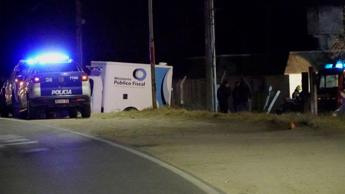 Cuatro ocupantes del automóvil murieron en el acto.