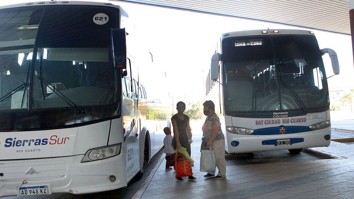Alerta en Córdoba por el corte de subsidios a colectivos interurbanos