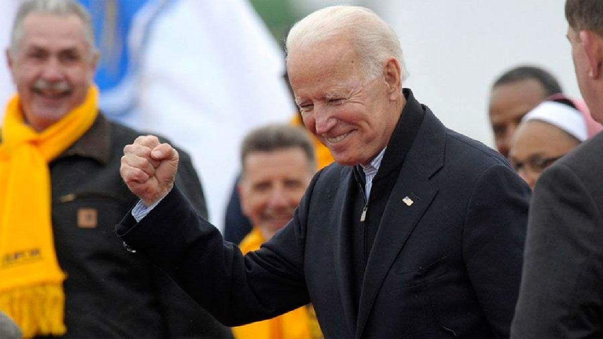El candidato demócrata Joe Biden pasó a la delantera en el recuento de votos en Georgia