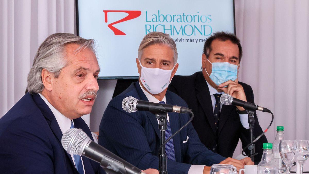 El Presidente analizó con De Pedro, Cafiero, Máximo y Massa la vacunación y las Paso
