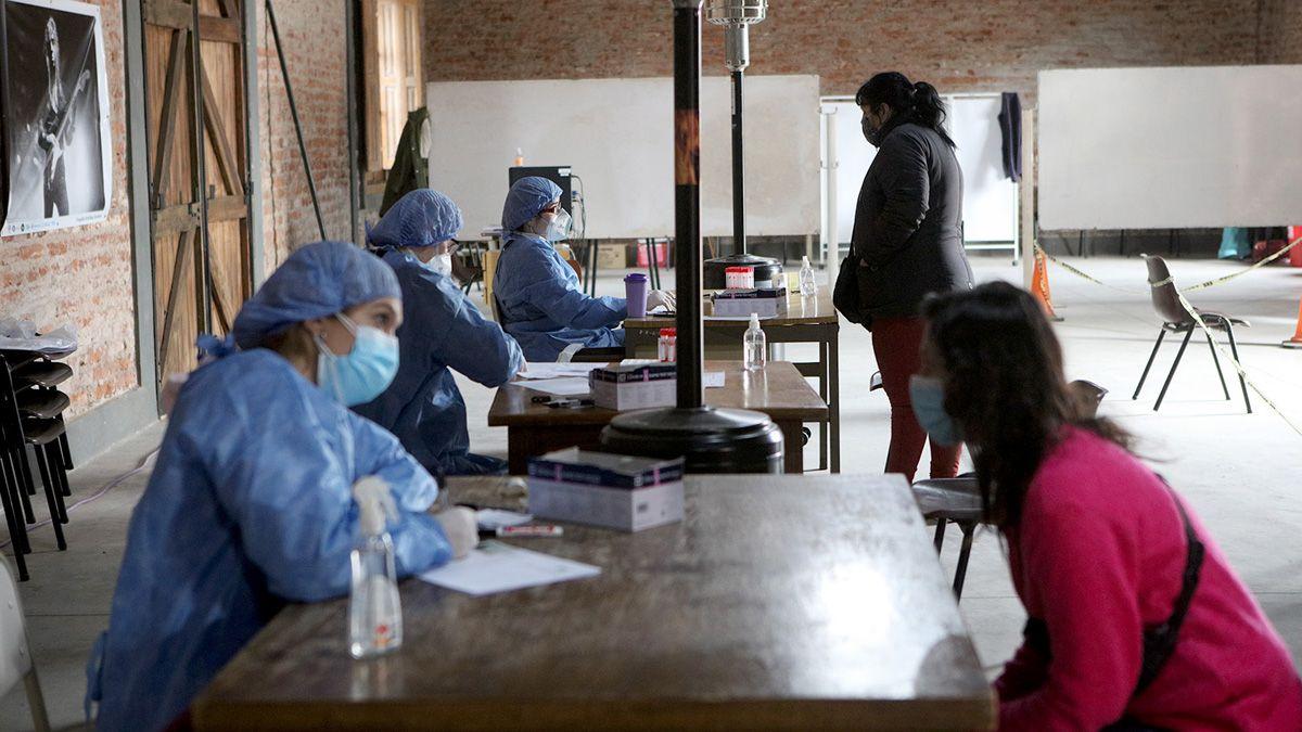 El Ministerio de Salud actualizó el reporte a la semana 37 de pandemia en 2021.