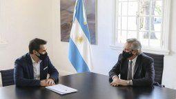 El flamante secretario de Energía en la entrevista de presentación con el presidente Alberto Fernández, fue la primera imagen luego de asumir la semana pasada.