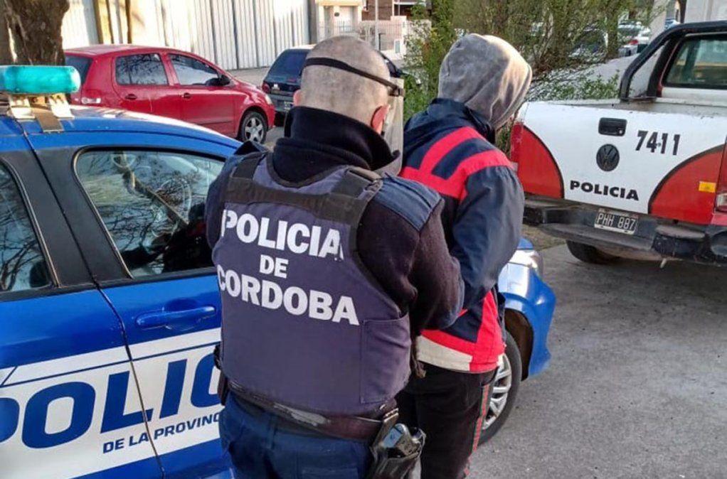 Seis detenidos tras reuniones no autorizadas en Villa María y Villa Nueva
