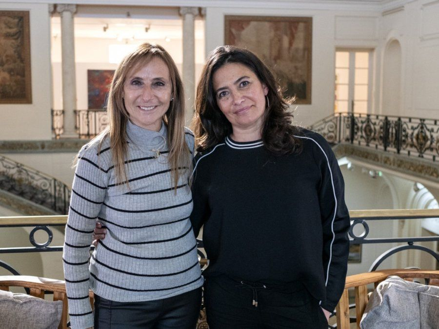 Gladys Florimonte entrevista a Carina Bustamante en el inicio de la sexta edición del ciclo Con acento cordobés.