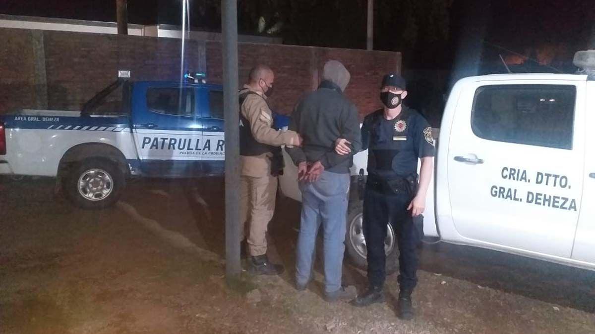 El sujeto fue detenido en un operativo conjunto entre la Patrulla Rural y la Comisaría de Deheza.