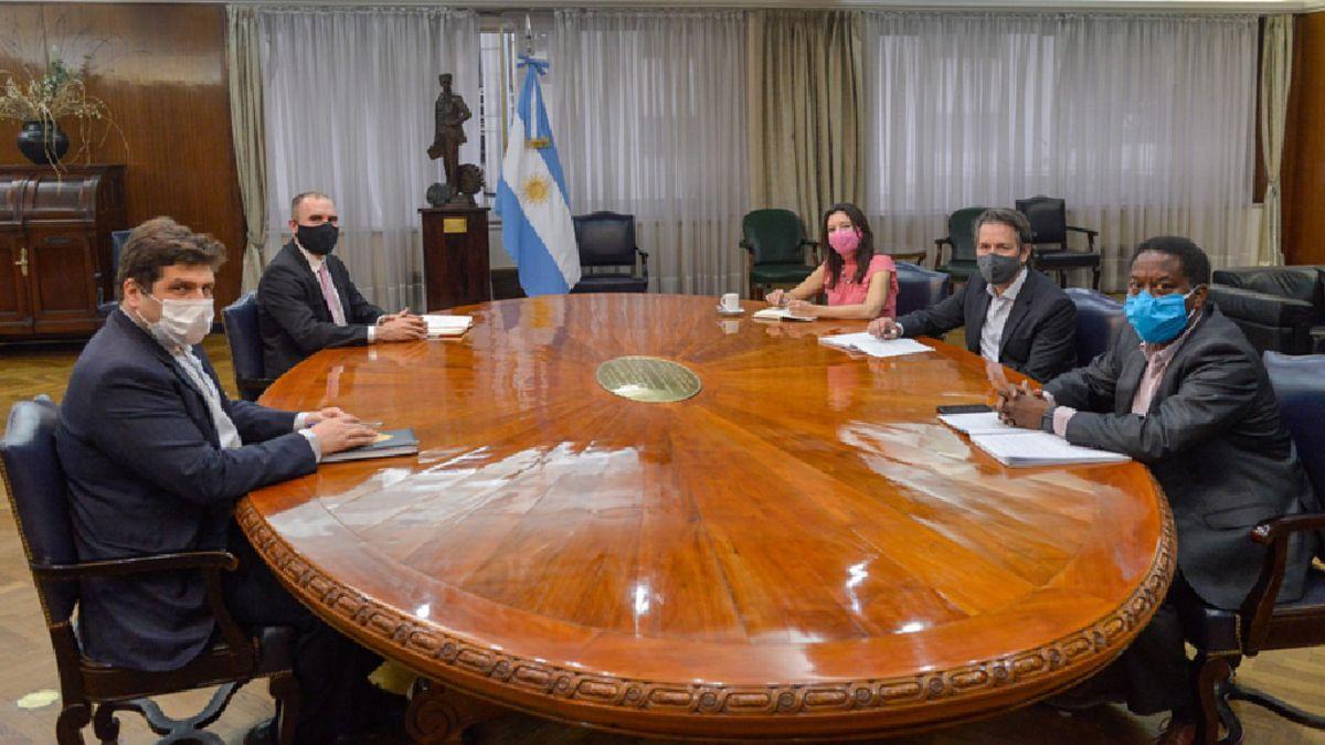 La misión del FMI seguirá dialogando con Argentina vía remota.