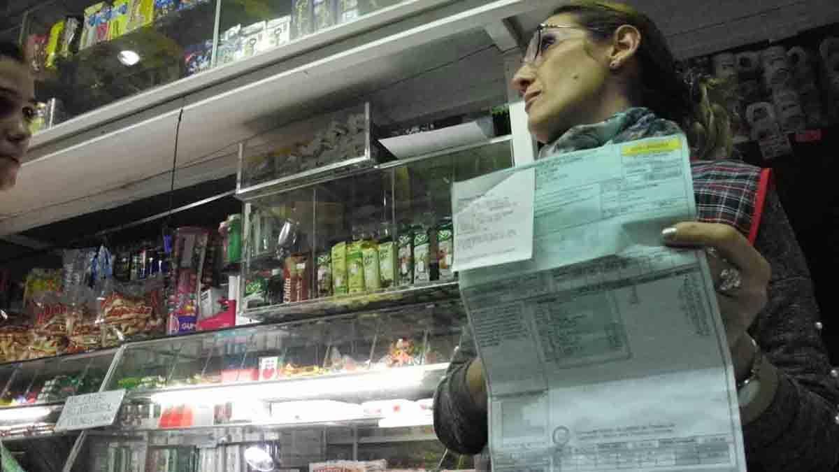 El comercio pide a Epec pagar deudas sin recargos y que le cobren sólo el consumo