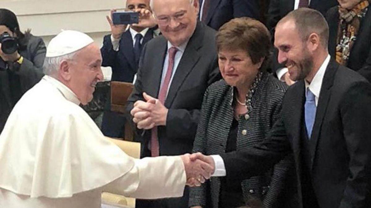 Guzmán se reunió 45 minutos con el Papa en el Vaticano