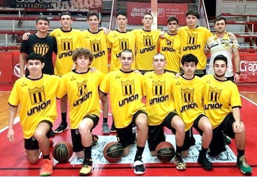 El elenco U17 de Unión Central líder el asociativo y en la Liga Provincial enfrenta a Independiente.
