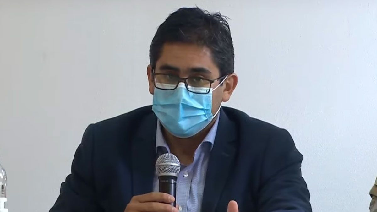 El ministro Cardozo dio positivo para coronavirus.