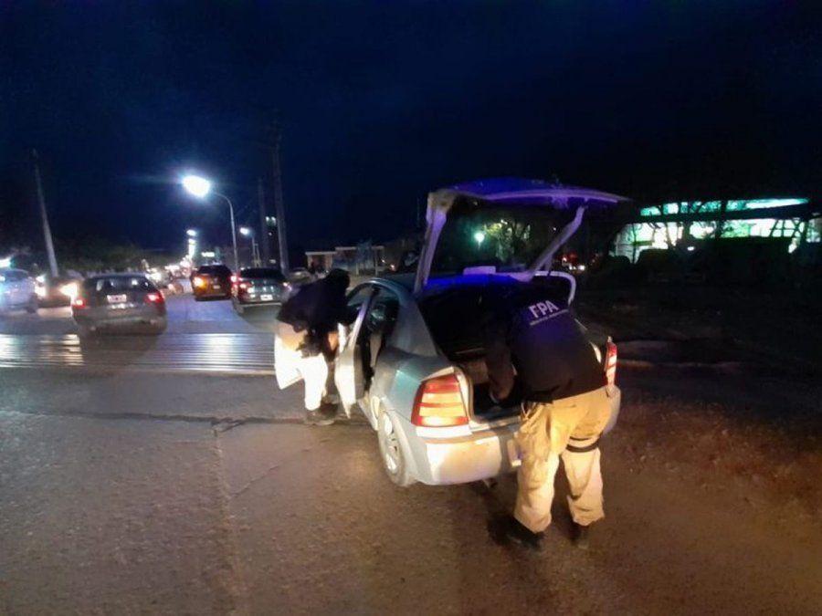Secuestran cocaína a un automovilista en un control
