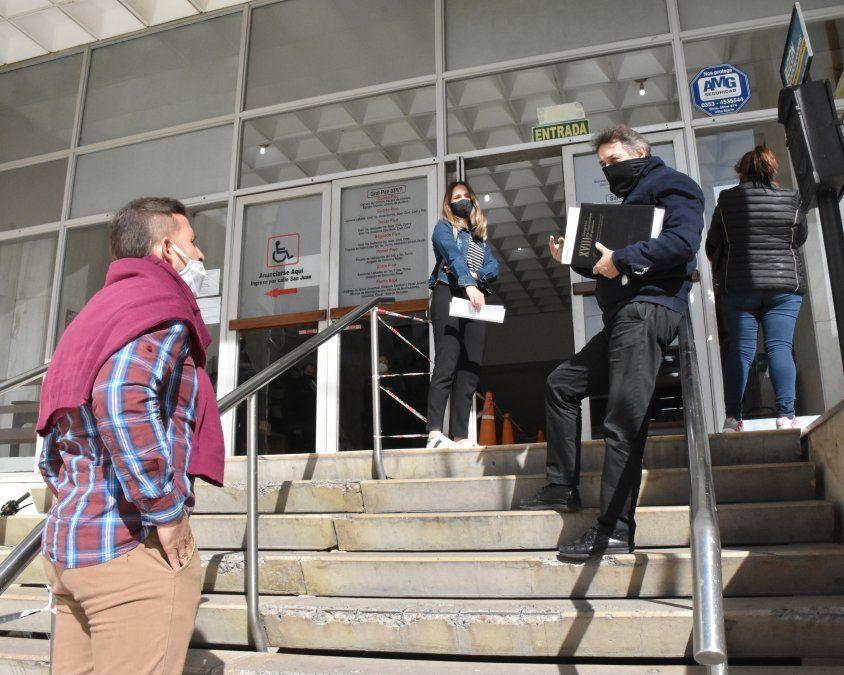 Juicio en suspenso por sospecha de coronavirus