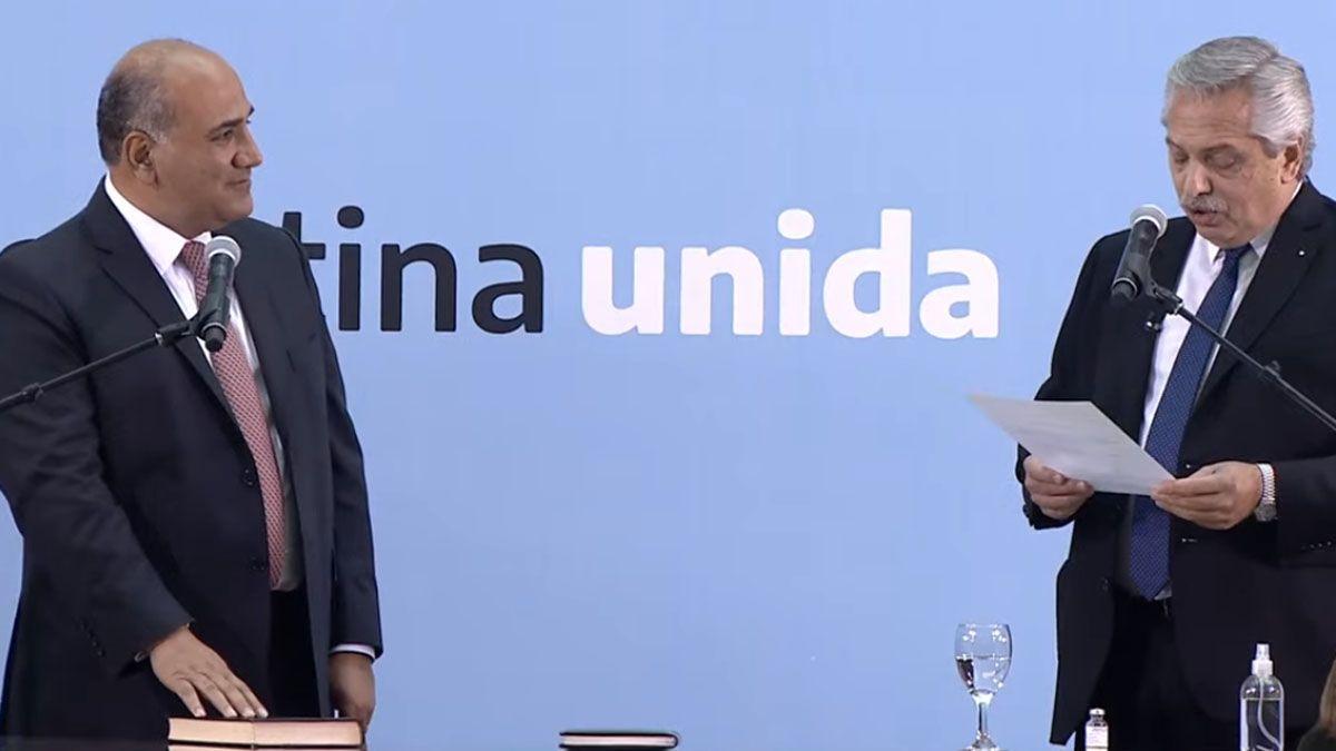 Juan Manzur asumió como nuevo jefe de Gabinete de la Nación.