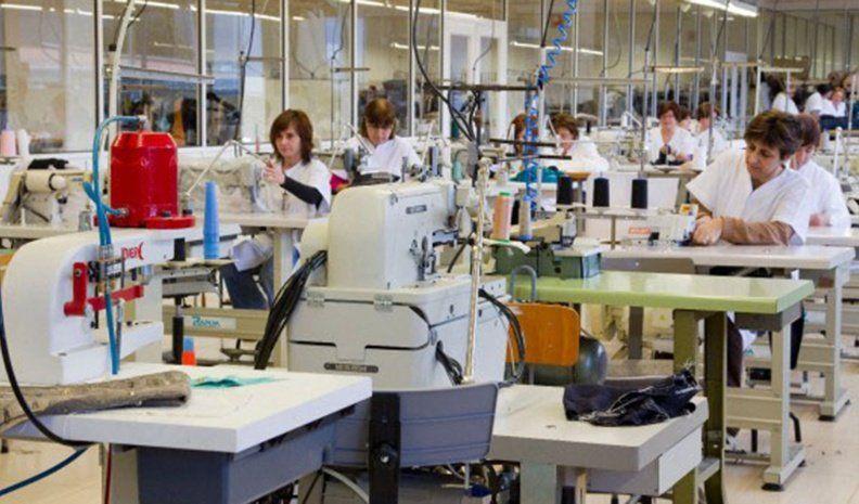 Rotundo rechazo de gremios textiles a una reforma laboral