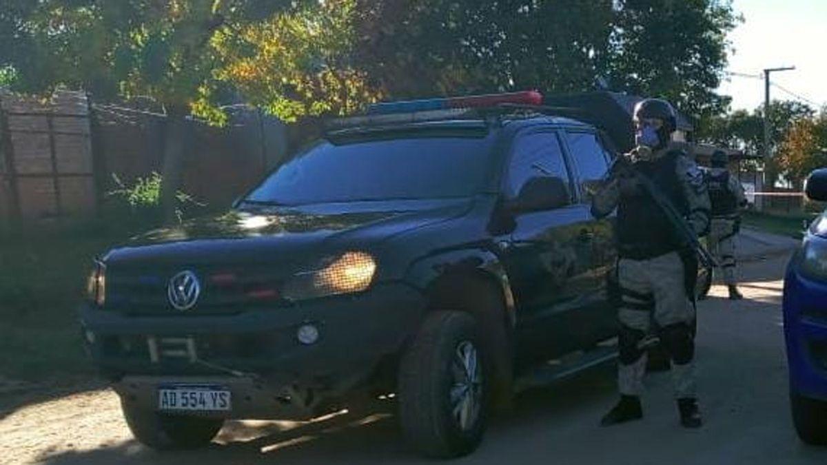 La FPA realizó los allanamientos luego de la detención del sospechoso en un control vehicular.