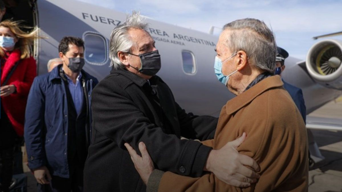 Fernández y Schiaretti. El gobernador no opina y mantiene distancia sobre la crisis política entre el Presidente y la vicepresidenta.