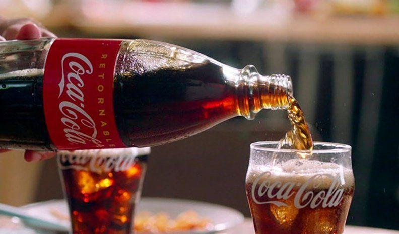 """Tras un audio viral, Coca-Cola admite un problema técnico """"que no implicó riesgo"""""""