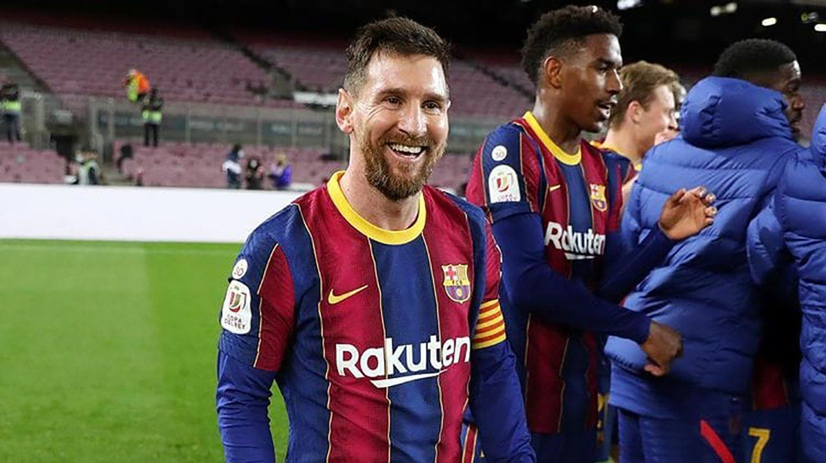 Hoy, Messi podría jugar su último clásico
