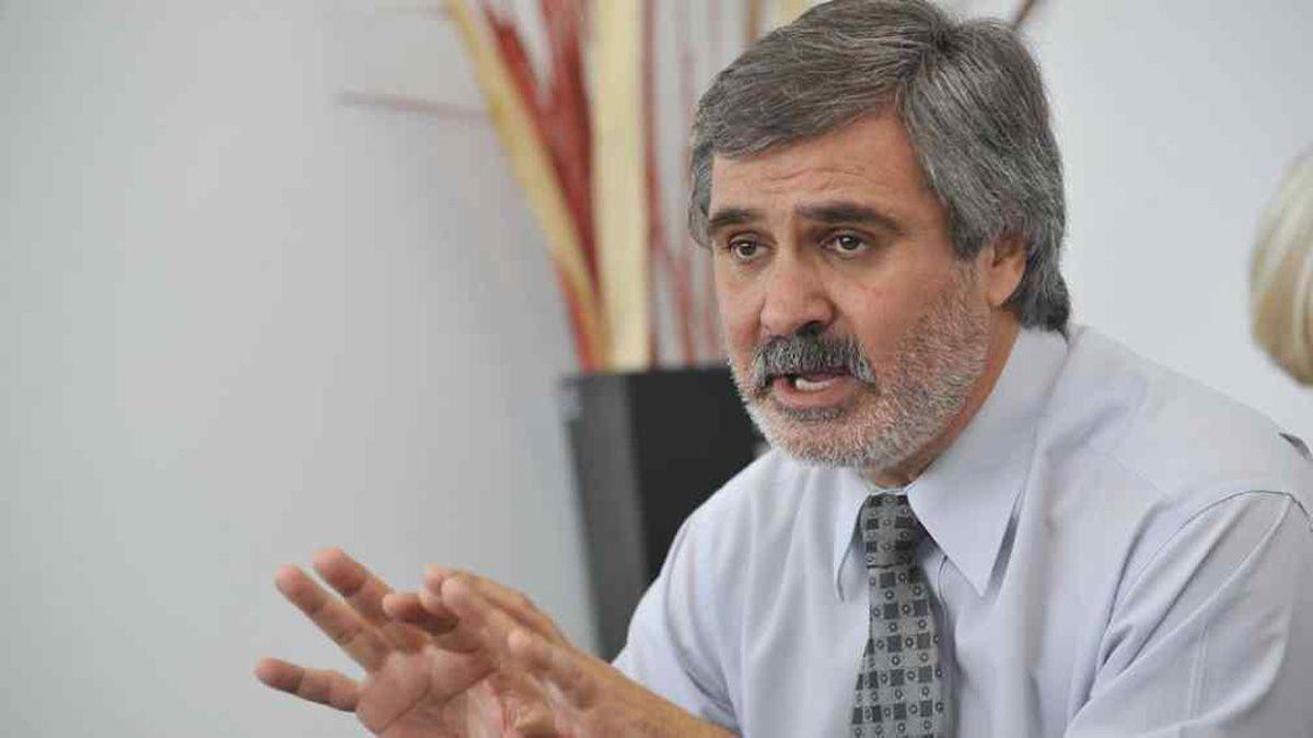 El ministro de Educación de la provincia