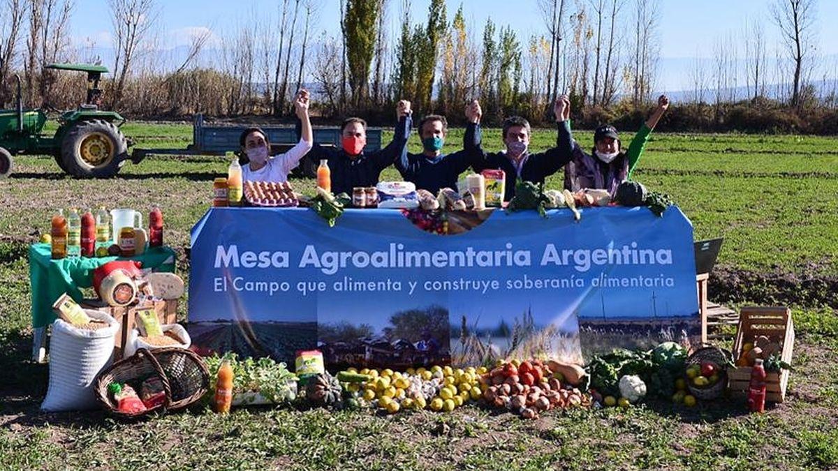 En Mendoza y rodeados de las distintas producciones alimentarias