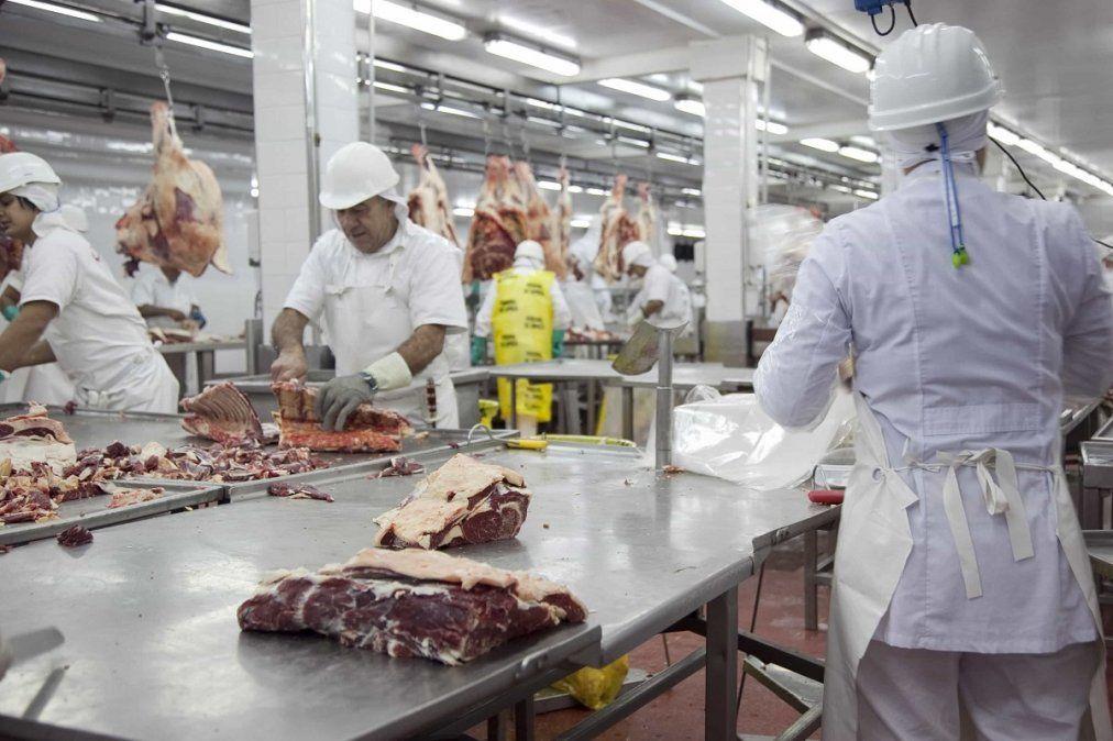 Por primera vez un frigorífico cordobés exportará carne caprina a Sri Lanka.