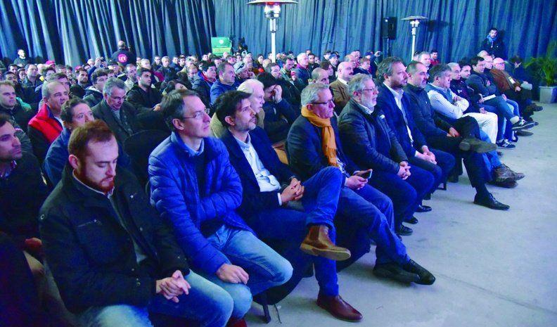 Buena participación de público en el Congreso de Aviación Agrícola