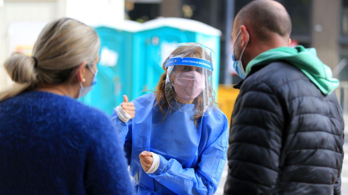 El Ministerio de Salud agregó síntomas para considerar los casos sospechosos de coronavirus.