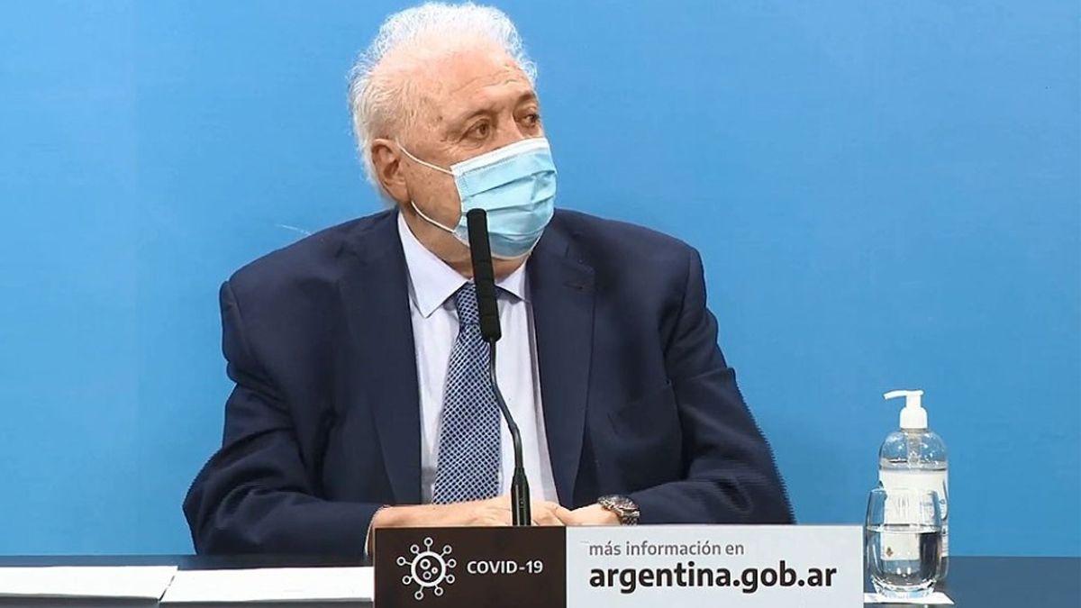 El ministro de Salud