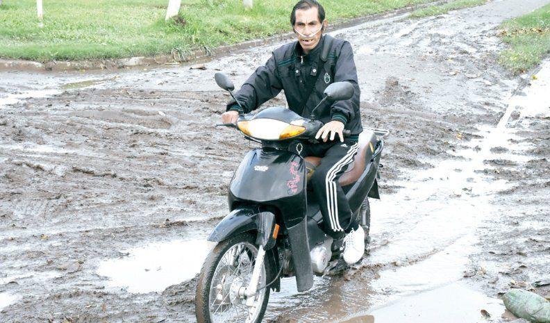 La lluvia dejó calles en mal estado en barrio La Calera
