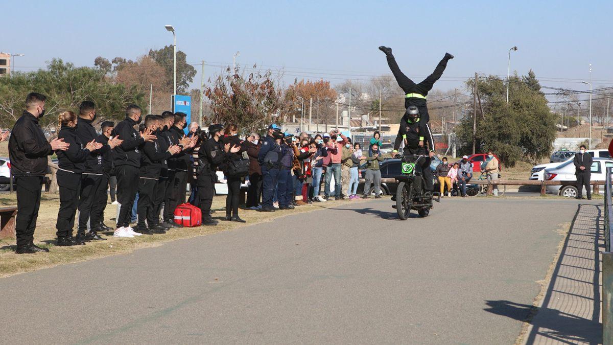 El espectáculo del personal motorizado de la Policía.