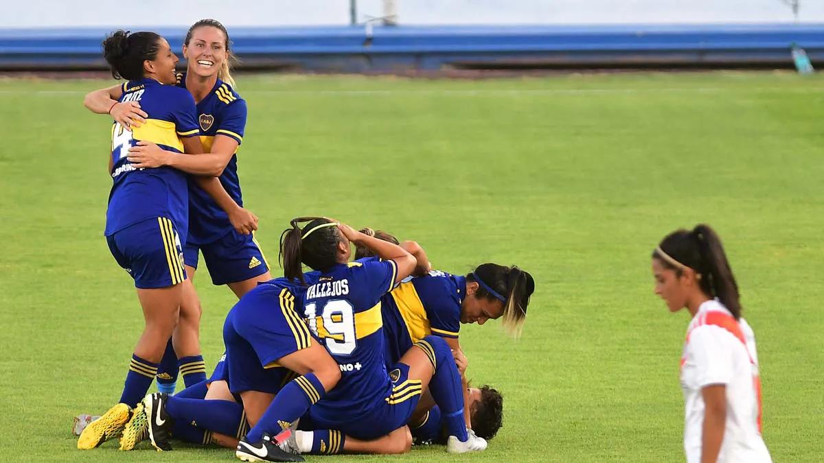 Boca goleó 7 a 0 a River en la final.