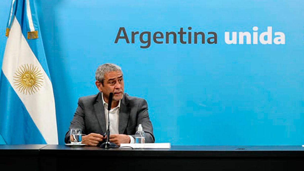 El ministro Jorge Ferraresi afirmó que todos pusieron a disposición sus renuncias.