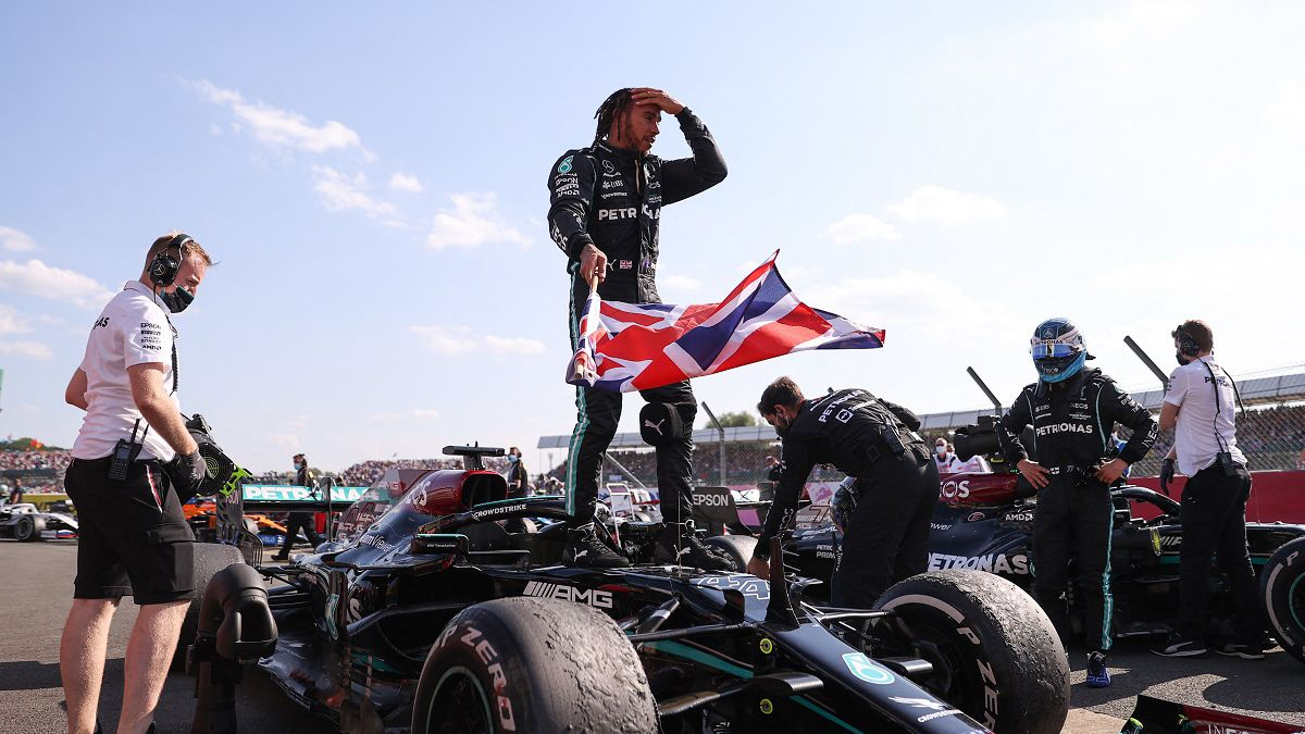 Polémico triunfo de Hamilton en la Fórmula 1