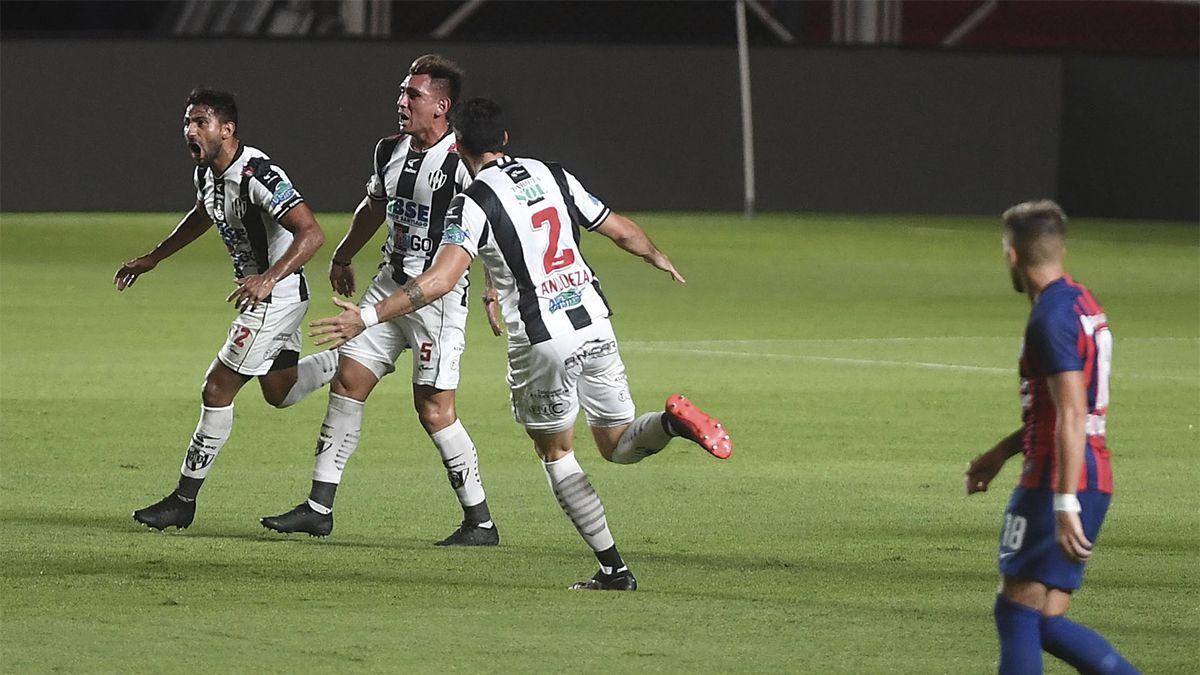 San Lorenzo sufrió una dura derrota