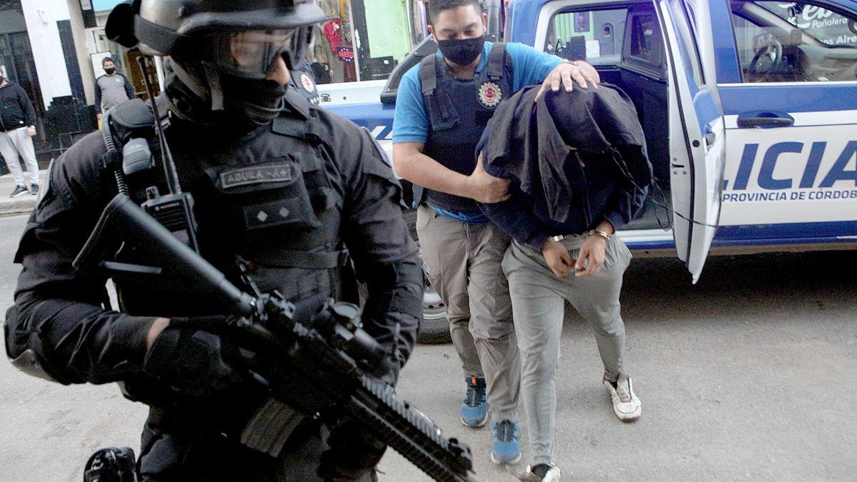 El acusado del crimen de Norris fue detenido ayer en Río Tercero y trasladado a la alcaidía de la jefatura departamental.